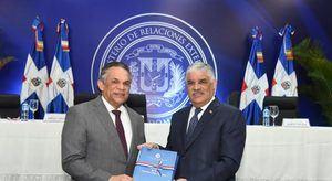 Cancillería anuncia entrada en vigor del reglamento de la Carrera Diplomática
