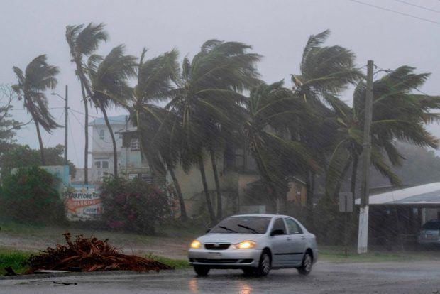El paso de la tormenta Laura deja consecuencias en el país