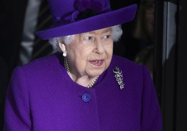 La reina Isabel II ha cancelado sus actos previstos para este mes como medida de 'precaución' ante la propagación del coronavirus.