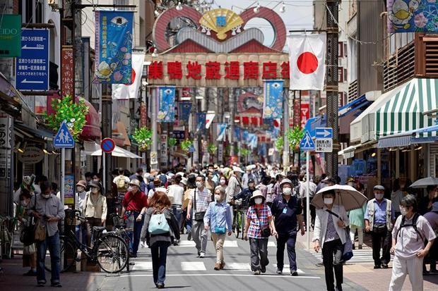 Japón considera superadas las limitaciones hospitalarias por el COVID-19.