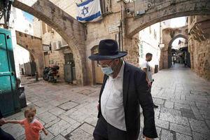 Israel extenderá el confinamiento total cuatro días más.