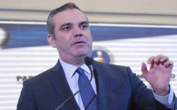 """Abinader acusa Gobierno """"despilfarro"""" y """"deficiencias"""" en el sector eléctrico"""