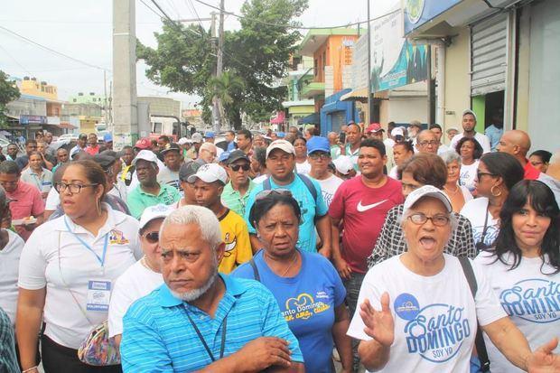 Decenas de voluntarios se dieron cita en la Segunda Jornada del Programa de Educación Ciudadana.