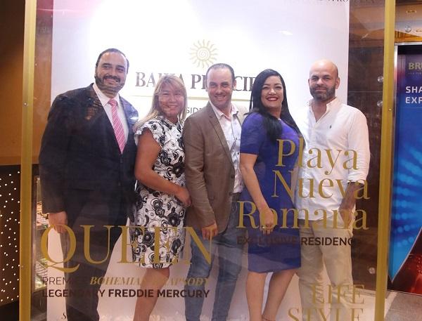 Antonio, Solange, Raúl, Diandra y Erasmo