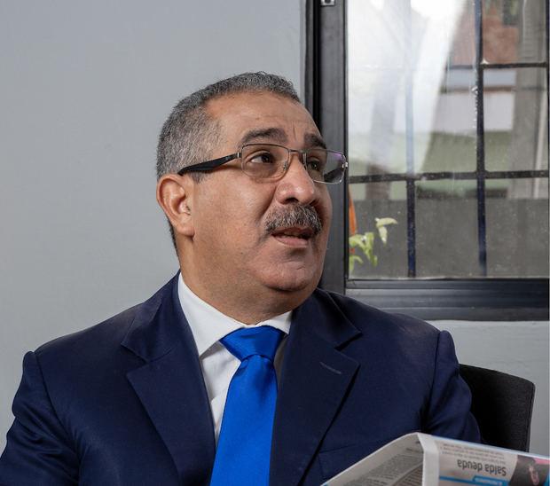 Secretario general de la Alianza por la Democracia, APD, Dr. Carlos Sánchez.