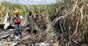 Mueren los 3 ocupantes de una avioneta que se estrelló en suroeste dominicano.