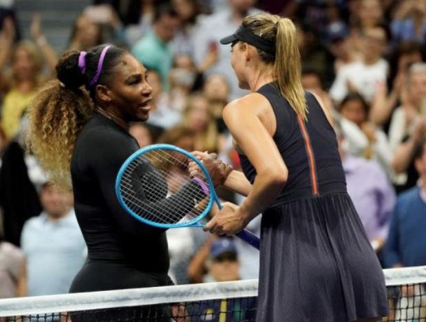Serena Williams aplasta a Sharapova en su estreno en el Abierto de EE.UU.
