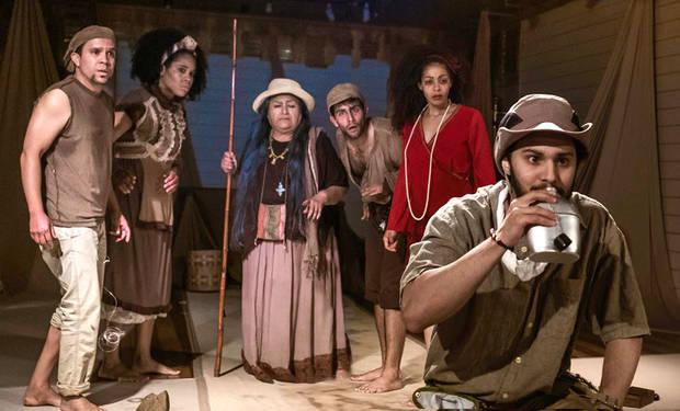 Actores de 'Duendes y locos de las dunas'.