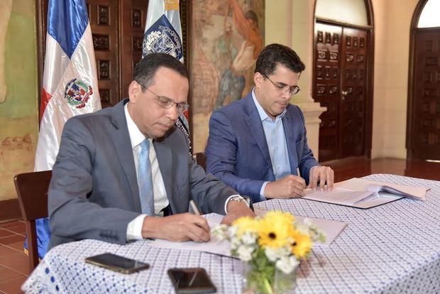 Minerd y Alcaldía del Distrito Nacional firman acuerdo para construir liceo secundario en Cristo Rey