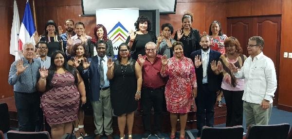 Adompretur juramenta nuevos integrantes entre comunicadores y jóvenes