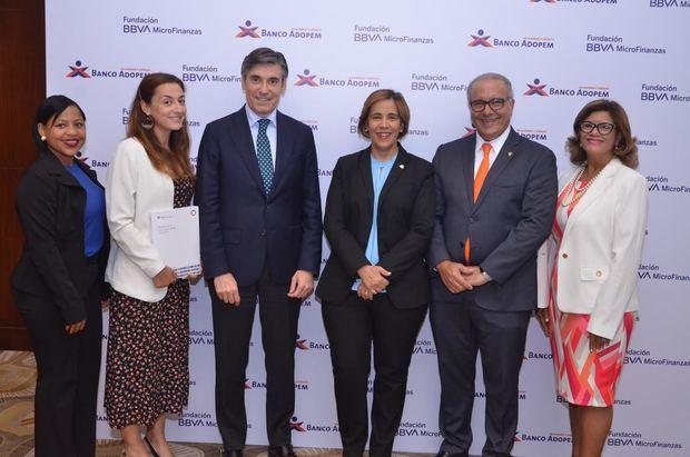 Banco Adopem y Fundación Microfinanzas BBVA presentan informe