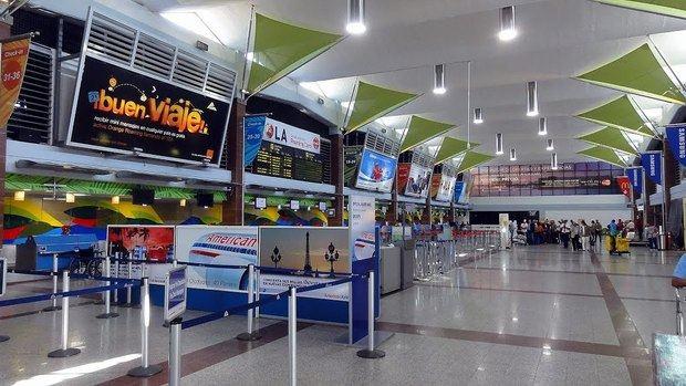 Los aeropuertos dominicanos comienzan a sentir el impacto del coronavirus