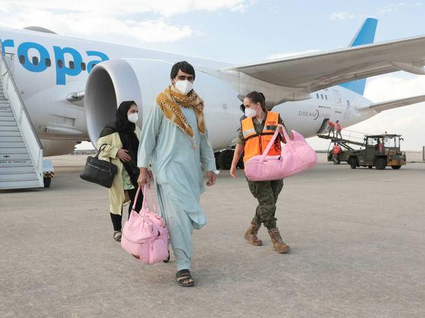 RD firma declaración junto a otros países del mundo; piden respetar derecho de Afganos a salir de su país