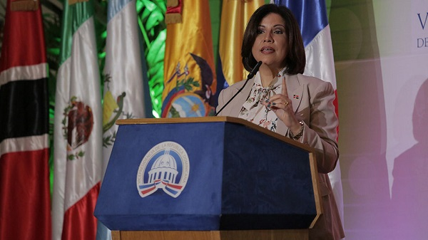 Vicepresidenta pide al Estado que adquiera productos de agricultores familiares