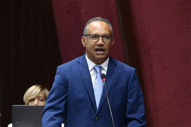 Alcalde de Baní dice que no ha podido pagar por supuesto boicot del Gobierno