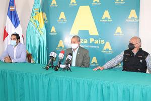 Bloque Diputados Alianza País reitera su renuncia a privilegios.