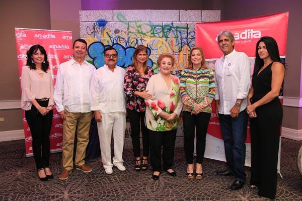Amadita agasaja a Voluntarios Médicos Internacionales de Operación Sonrisa