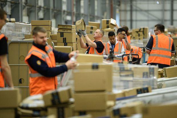Amazon contratará 100.000 personas en EE.UU. por aumento compras por COVID-19