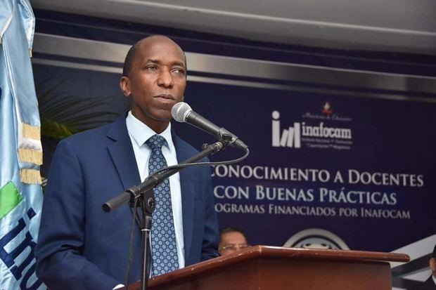 Inafocam emite primera convocatoria de becas de posgrado del 2019
