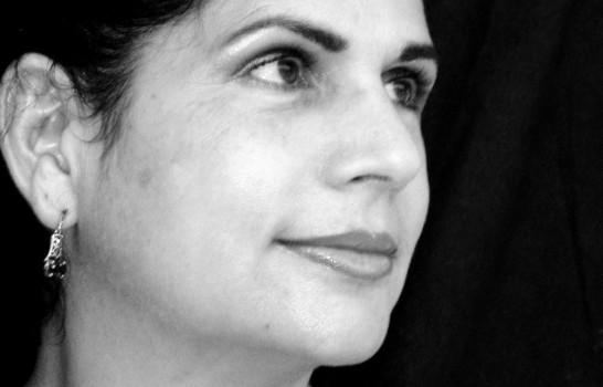 Presentan la segunda edición de novela Leona, o La Fiera vida, de Angela Hernández