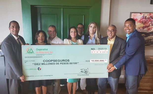 La Altagracia aporta 10 millones de pesos al capital de Coopseguros