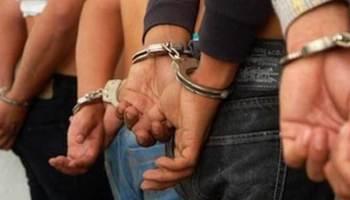 La Policía desmantela una presunta banda implicada en múltiples crímenes.