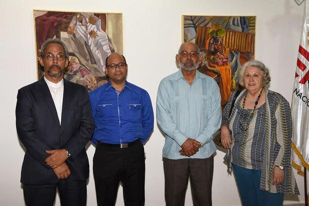 Eric Genao Aude, Domingo de los Santos, Manuel Montilla y la pintora Elsa Cáceres.