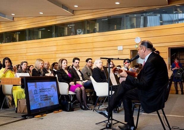 Asistentes al recital del Embajador José Antonio  Rodríguez, en la UNESCO.