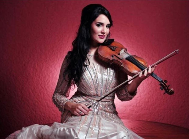 La violinista Aisha Syed .