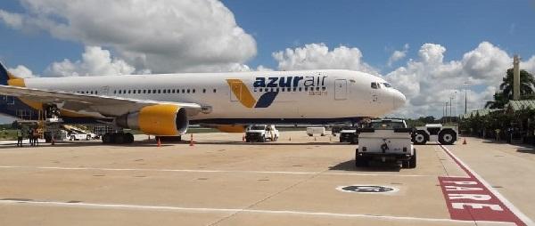 Azur Ukraine, B767-300, Boeing.