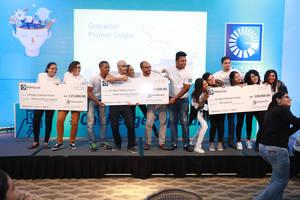Los tres equipos ganadores recibieron premios en metálico de entre RD$150,000, RD$125,000 y RD$100,000 cada uno.