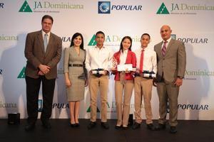 El equipo del Politécnico Cardenal Sancha, Santo Domingo se alzó con el segundo lugar.