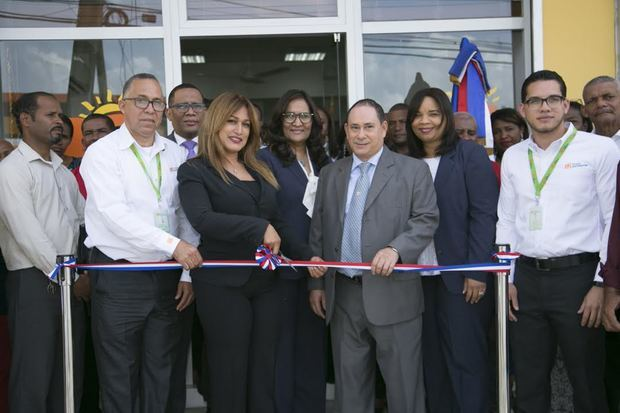 La entidad, dirigida al financiamiento de pequeños y medianos empresarios, inauguró su segunda oficina en este municipio.