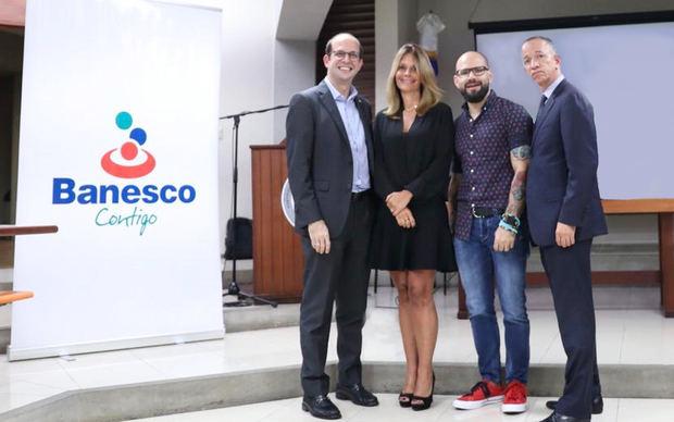 Banesco promueve el emprendimiento e innovación en PUCMM