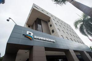 Fachada de Banco de Reservas.