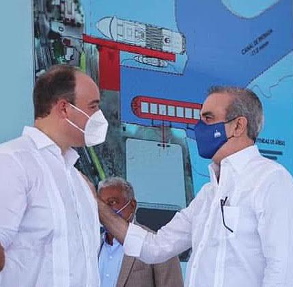 José del Castillo junto a Luis Abinader.