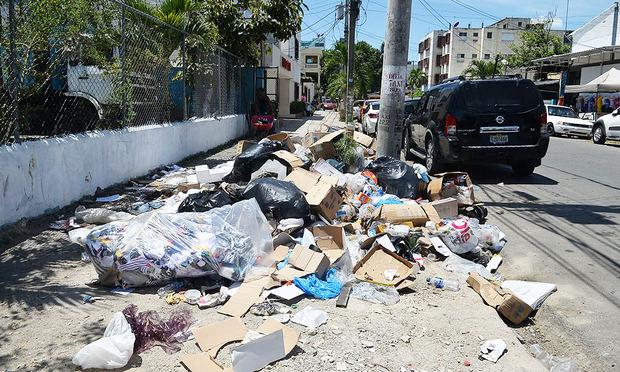 MUDE y Philip Morris Dominicana se alían para reducir el impacto de los residuos sólidos