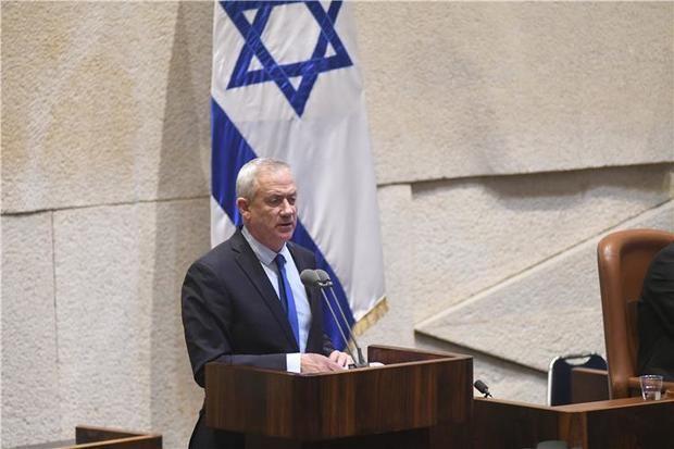 Gantz aventaja a Netanayu en apoyos para intentar formar Gobierno en Israel
