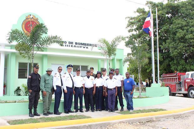 EGE Haina dona estación de bomberos a municipio Quisqueya en SPM