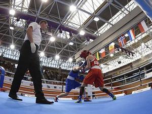 Boxeadores profesionales intentan sin éxito llegar a Tokio 2020.