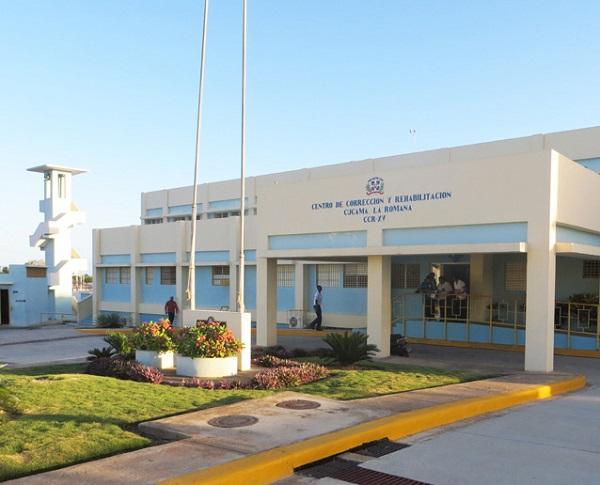 Desmantelan banda de narcotráfico y sicariato dirigida desde centro penitenciario La Romana