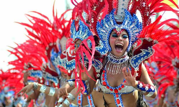 La Embajada de Colombia en RD presenta el Carnaval de Barranquilla en UNAPEC