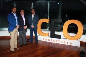 Alfredo Camacho, Gente  Empower; Sr. Alberto  Pappaterra, Presidente de Grupo Alterra y el Sr.  Tony Papaterra, Director de Pappaterra Montolio.