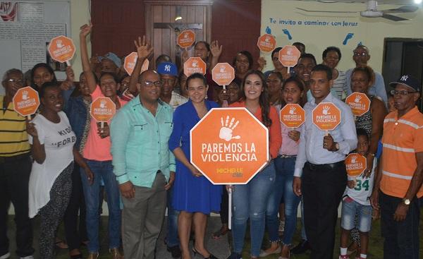 Michelle Ortiz: La familia debe fomentar el amor y respeto para erradicar de raíz la violencia