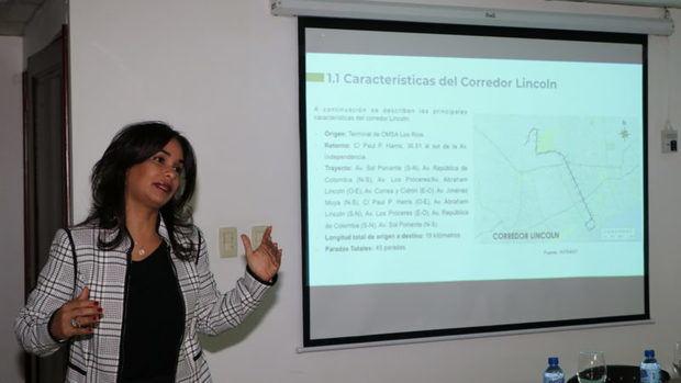Claudia de los Santos, directora del Intrant.
