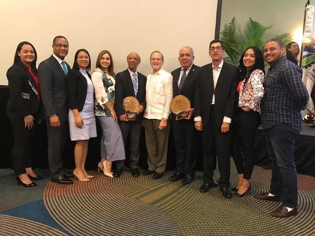 Cámara de Comercio de Puerto Plata recibe reconocimiento
