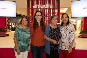 Carmen de Santos, Raquel Mata, Evangelina de Bergés y Margarita de Mata.