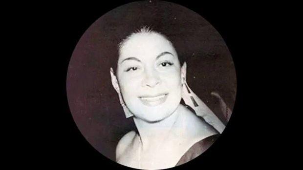 Casandra Damirón.