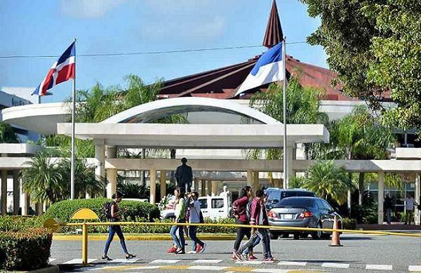 UASD convoca a maestría en Derecho Tributario y Procesal Tributario