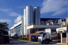 Cervecería donará 1 millón de litros de agua al COE para damnificados